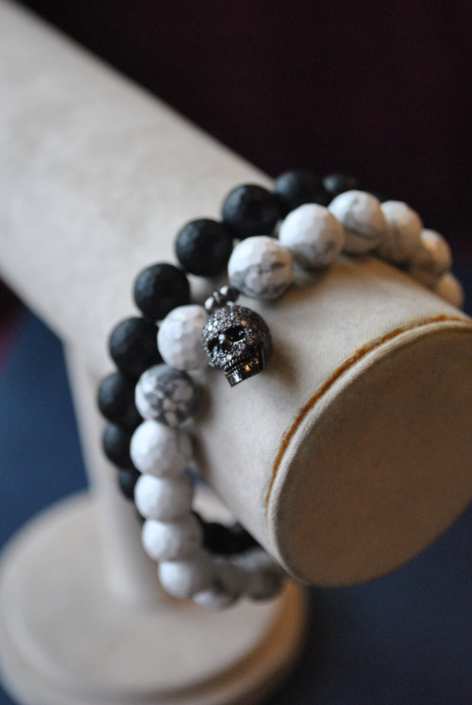 MEN COLLECTION - OBSIDIAN AND MAGNESITE WITH CHARM STRETCHY BRACELET