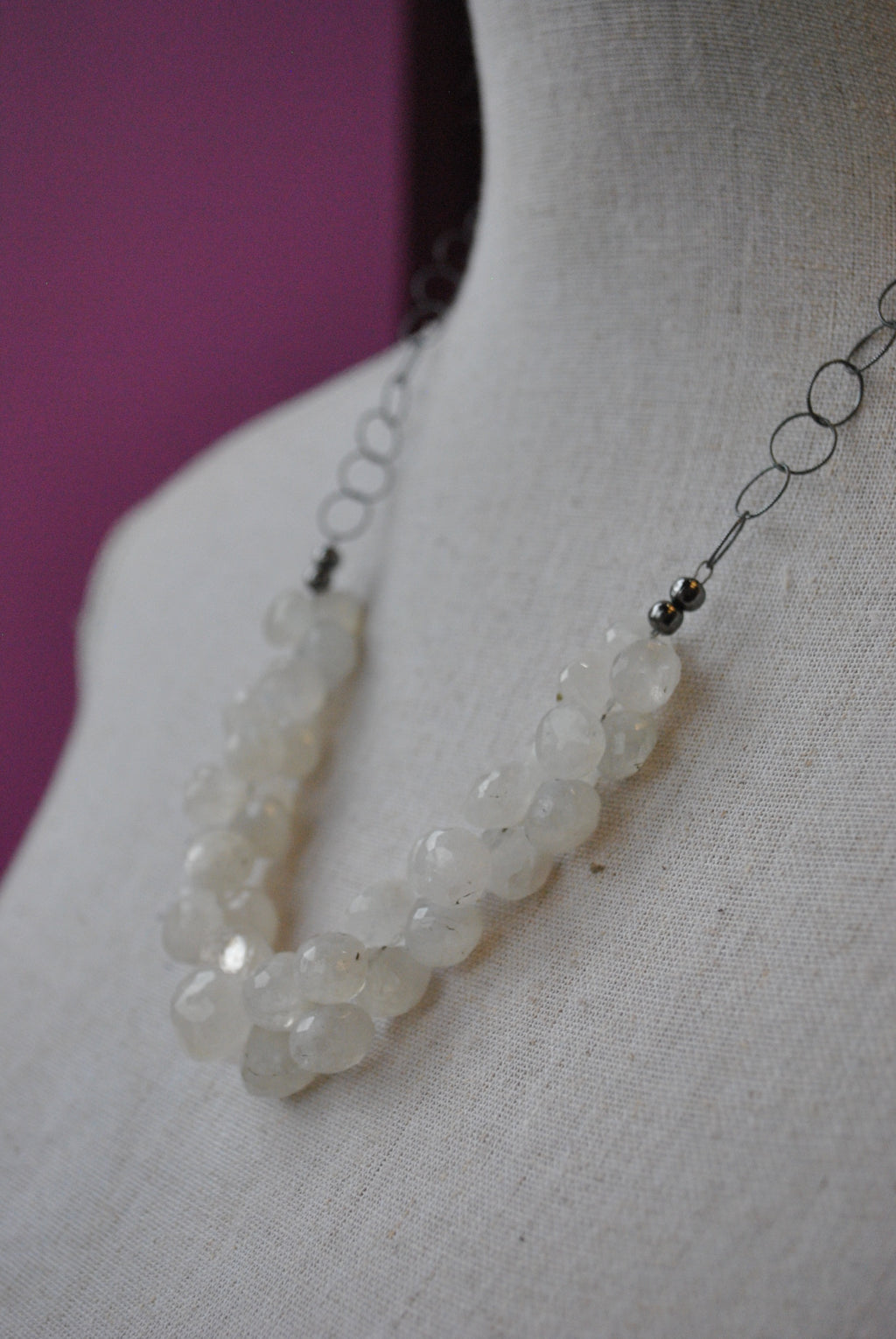 MOONSTONE TEARDROP DELICATE NECKLACE WITH ADJUSTABLE LENGTH