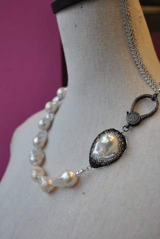 BLACK ONYX AND WHITE DRUZY WITH SWAROVSKI CRYSTALS STATEMENT NECKLACE