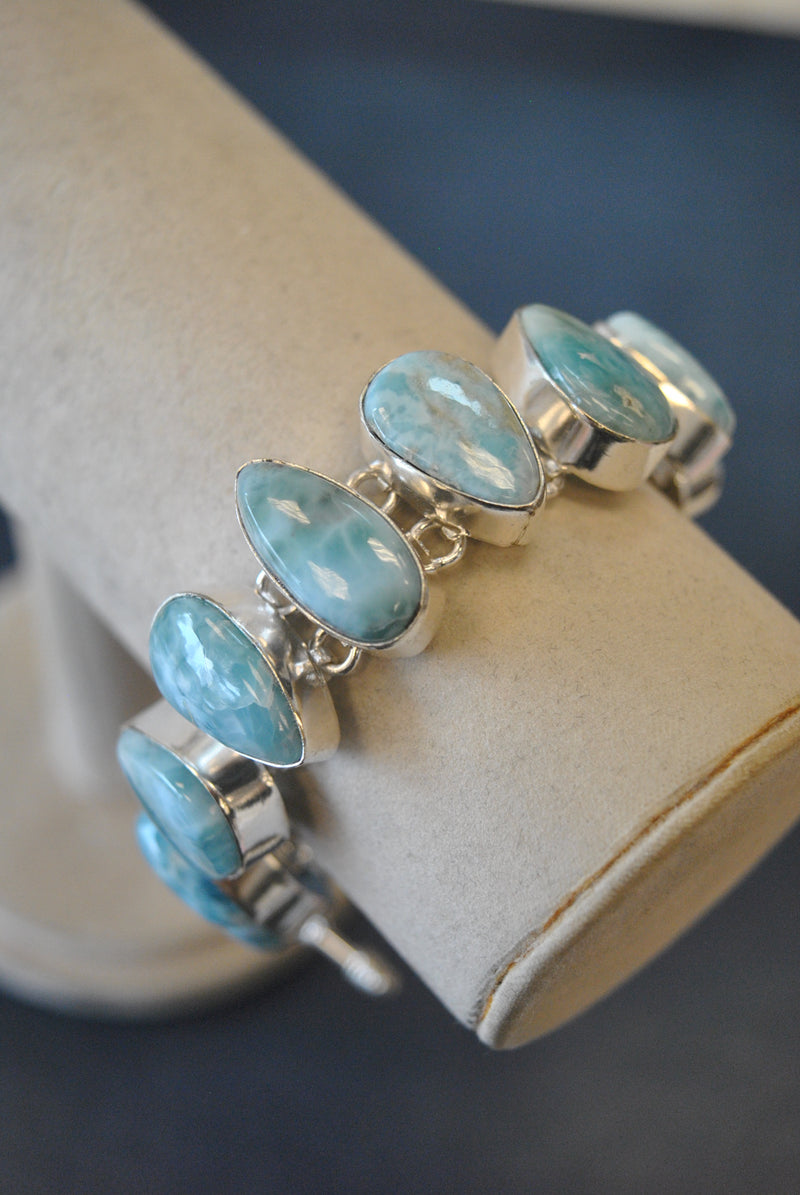 SILVER COLLECTION - LARIMAR STATEMENT BRACELET