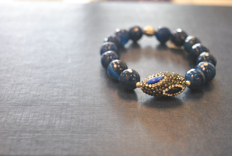 ROYAL BLUE AGATE AND SWAROVSKI CRYSTALS STRETCHY STATEMENT BRACELET SET