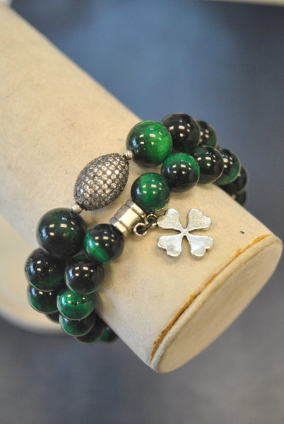 GREEN TIGERE EYE RHINESTONES AND CLOVE STRETCHY STATEMENT BRACELET SET
