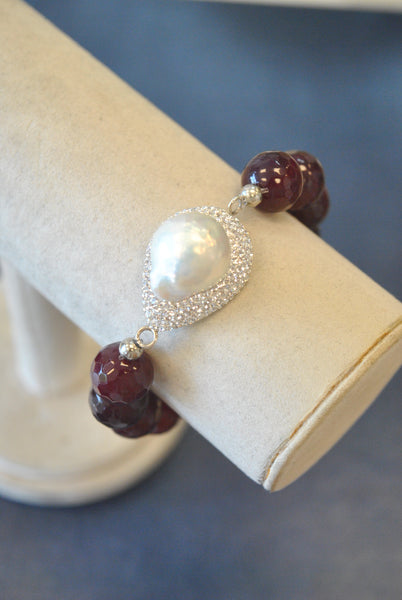 CHERRY AGATE WHITE MOTHER OF PEARL AND CLEAR SWAROVSKI CRYSTALS STRETCHY STATEMENT BRACELET