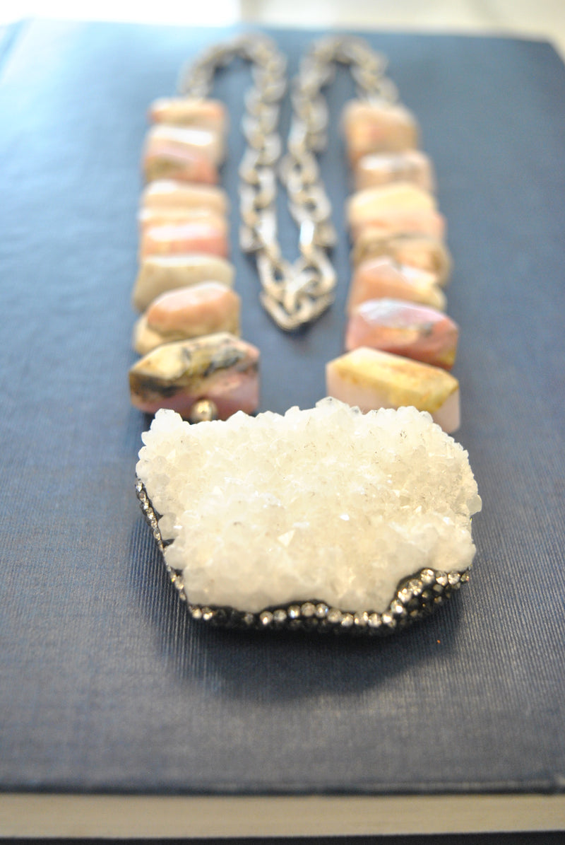 PINKPERUVIAN OPAL AND DRUZY PENDANT STATEMENT LONG NECKLACE