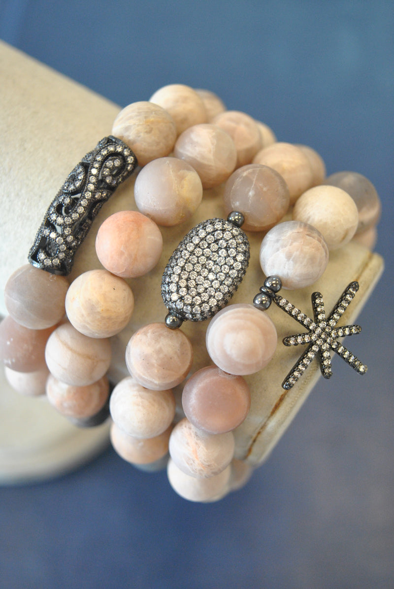 FROZEN SUNSTONES STRETCHY BRACELETS