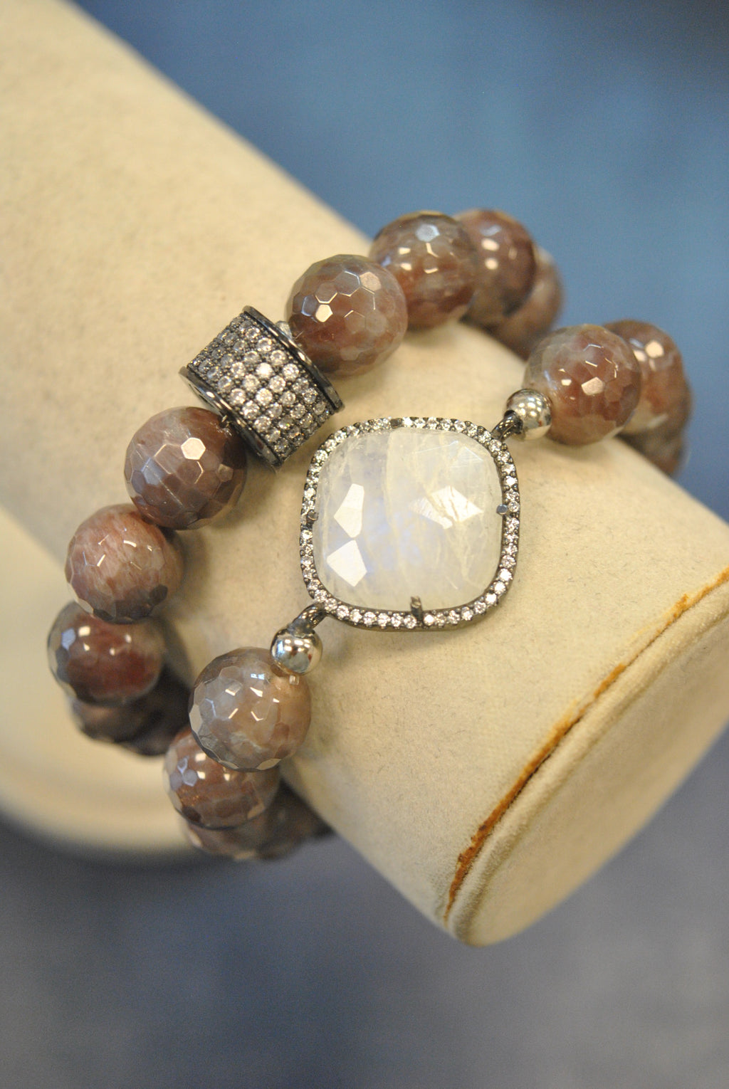 MULTICOLOR MOONSTONE STRETCHY BRACELETS SET