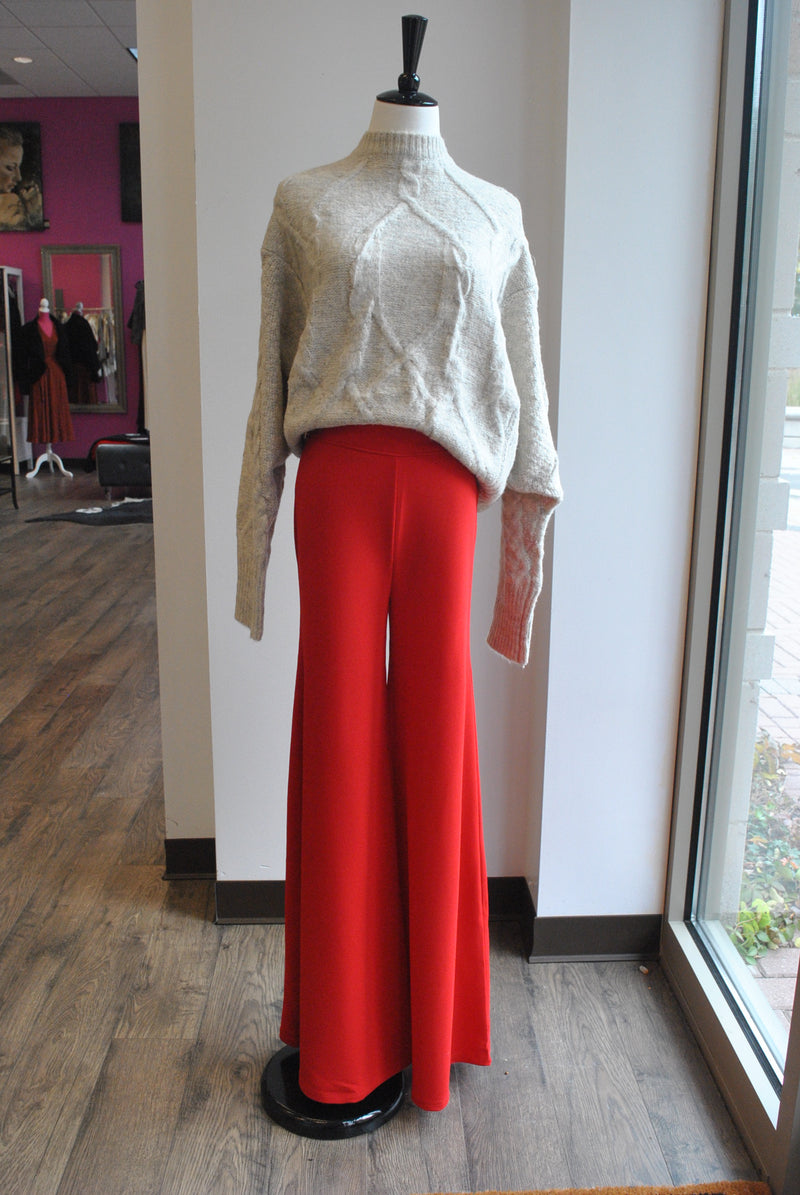 RED WIDE LEGS HIGHT WAISTED PANTS WITH GOLD BUTTONS