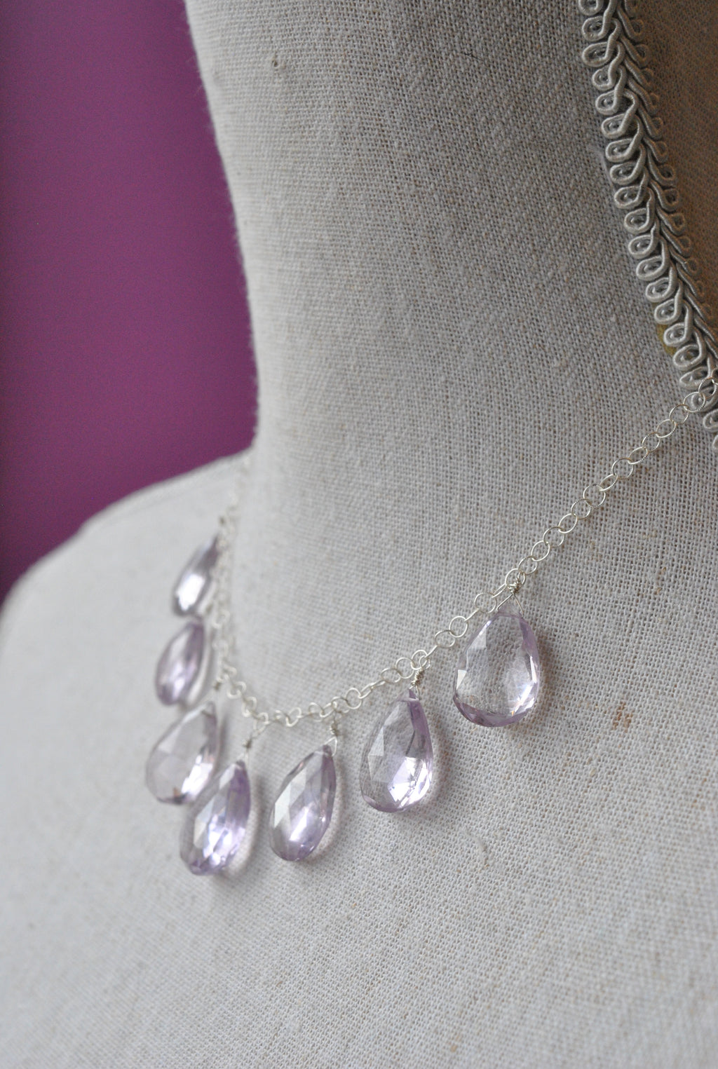 LAVENDER AMETHYST TEARDROPS CHARM STERLING SILVER NECKLACE