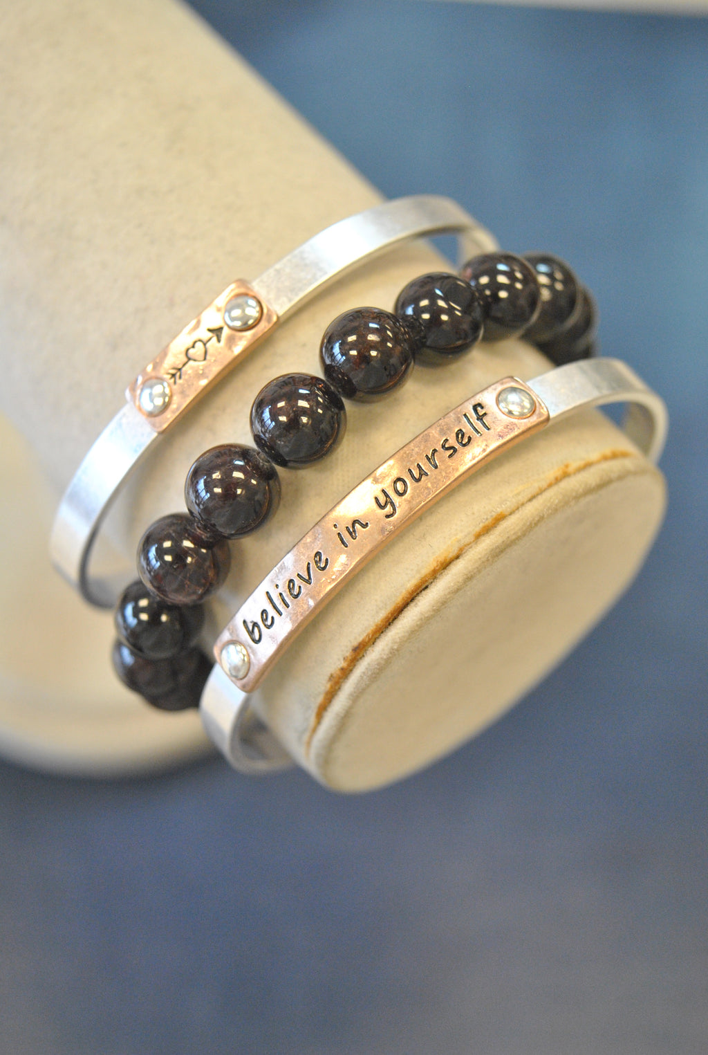 "3 PIECES INSPIRATIONAL SET - GARNET - ""BELIEVE IN YOURSELF"""