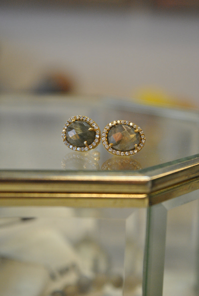 STUDS COLLECTION - LABRADORITE AND RHINESTONES ON GOLD STUDS