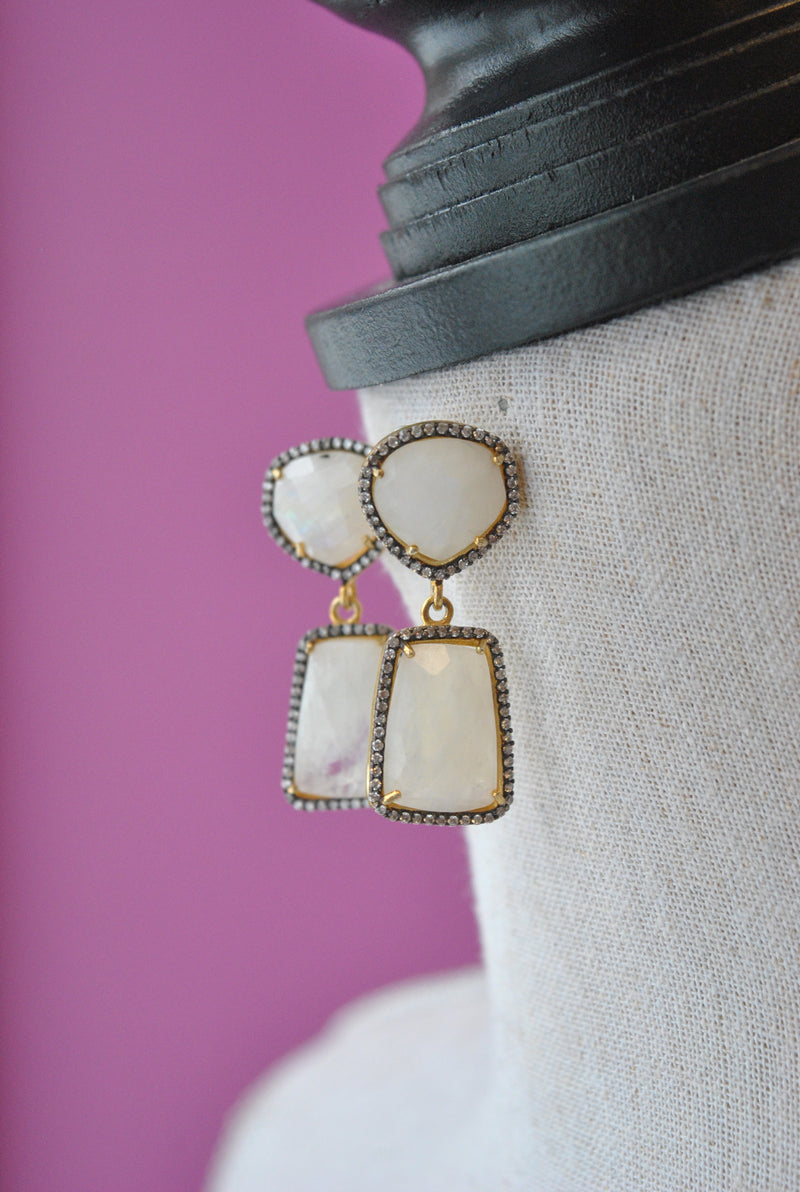 MOONSTONE AND RHINESTONES ON GOLD STATEMENT ELEGANT EARRINGS