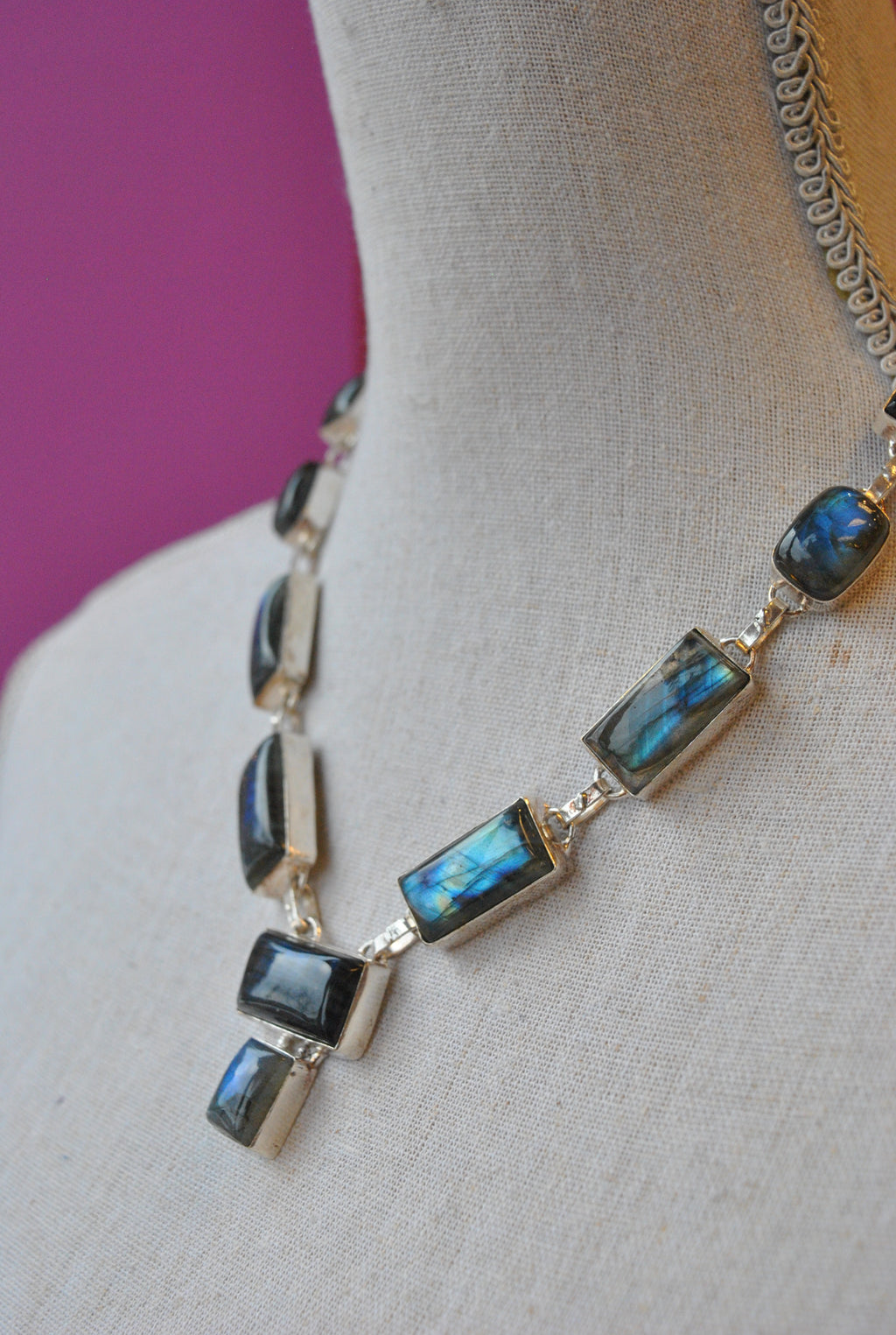 LABRADORITE AND SILVER NECKLACE