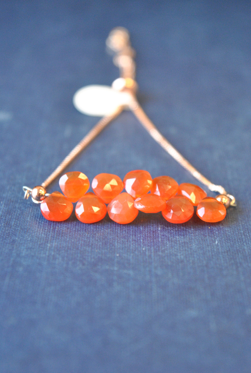 ORANGE CARNELIAN TEARDROPS ADJUSTABLE DELICATE BRACELET
