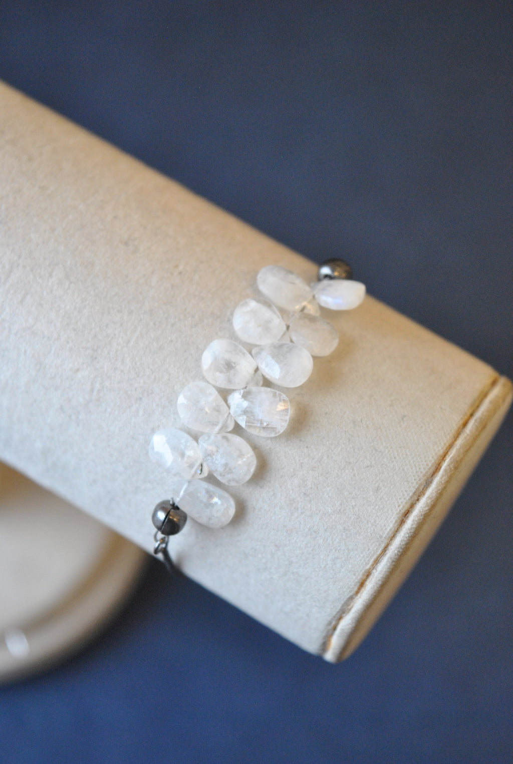 MOONSTONE TEARDROPS DELICATE ADJUSTABLE DELICATE BRACELET