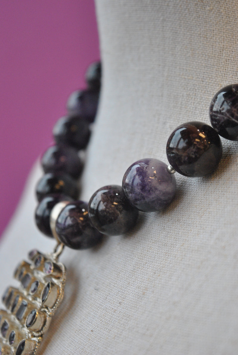 DEEP PURPLE AMETHYST STATEMENT NECKLACE WITH A AMETHYST CHARM