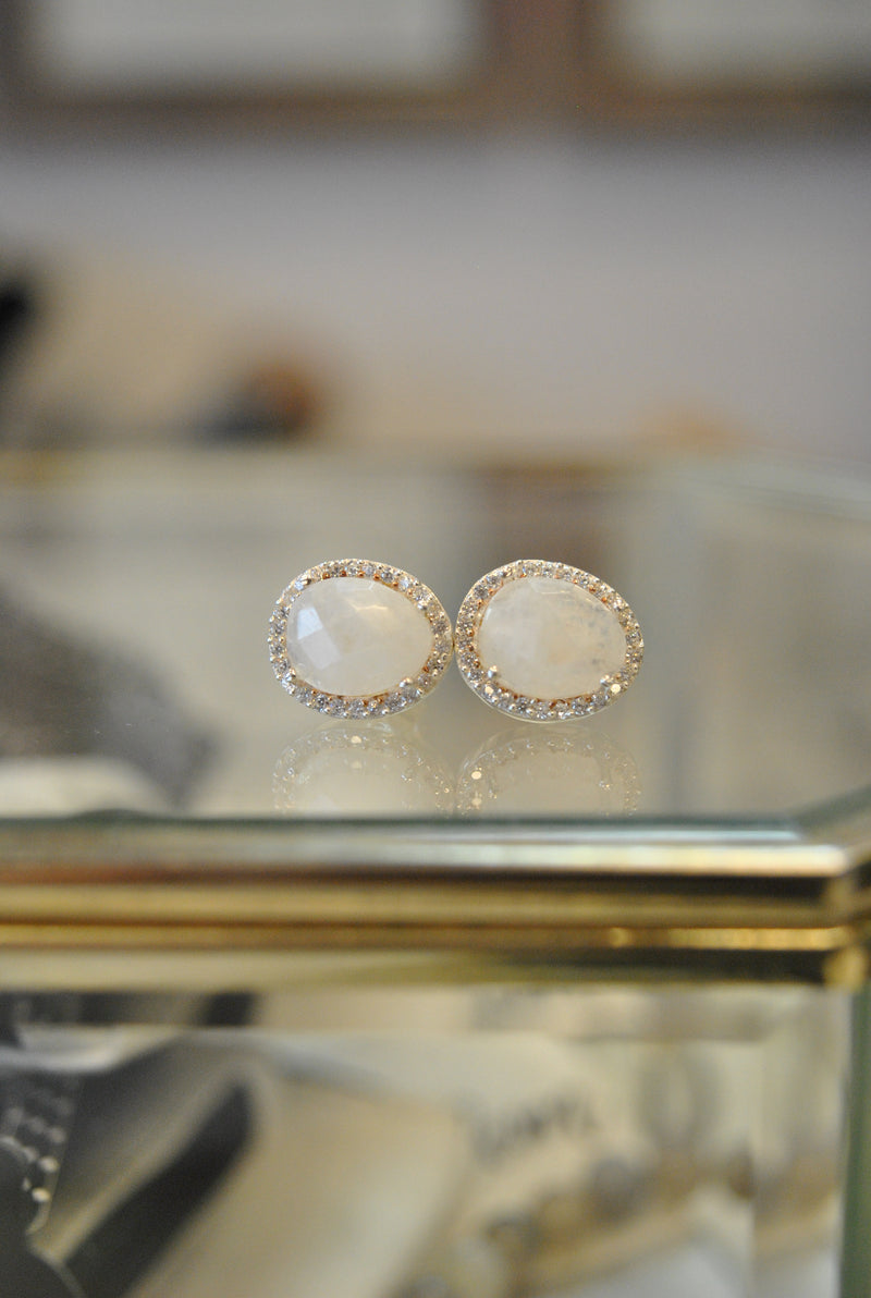 STUDS COLLECTION - MOONSTONE AND RHINESTONES ON SILVER STUDS