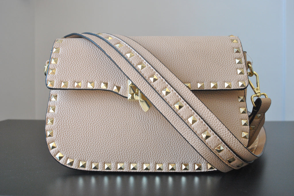 BEIGE CROSSBODY BAG WITH GOLD STUDS