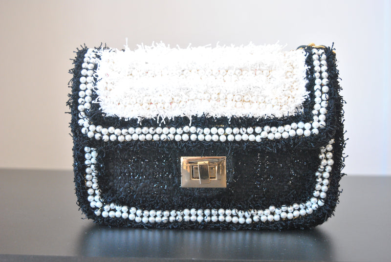 BLACK AND WHITE TWEED CROSSBODY BAG WITH PEARL DETAILS