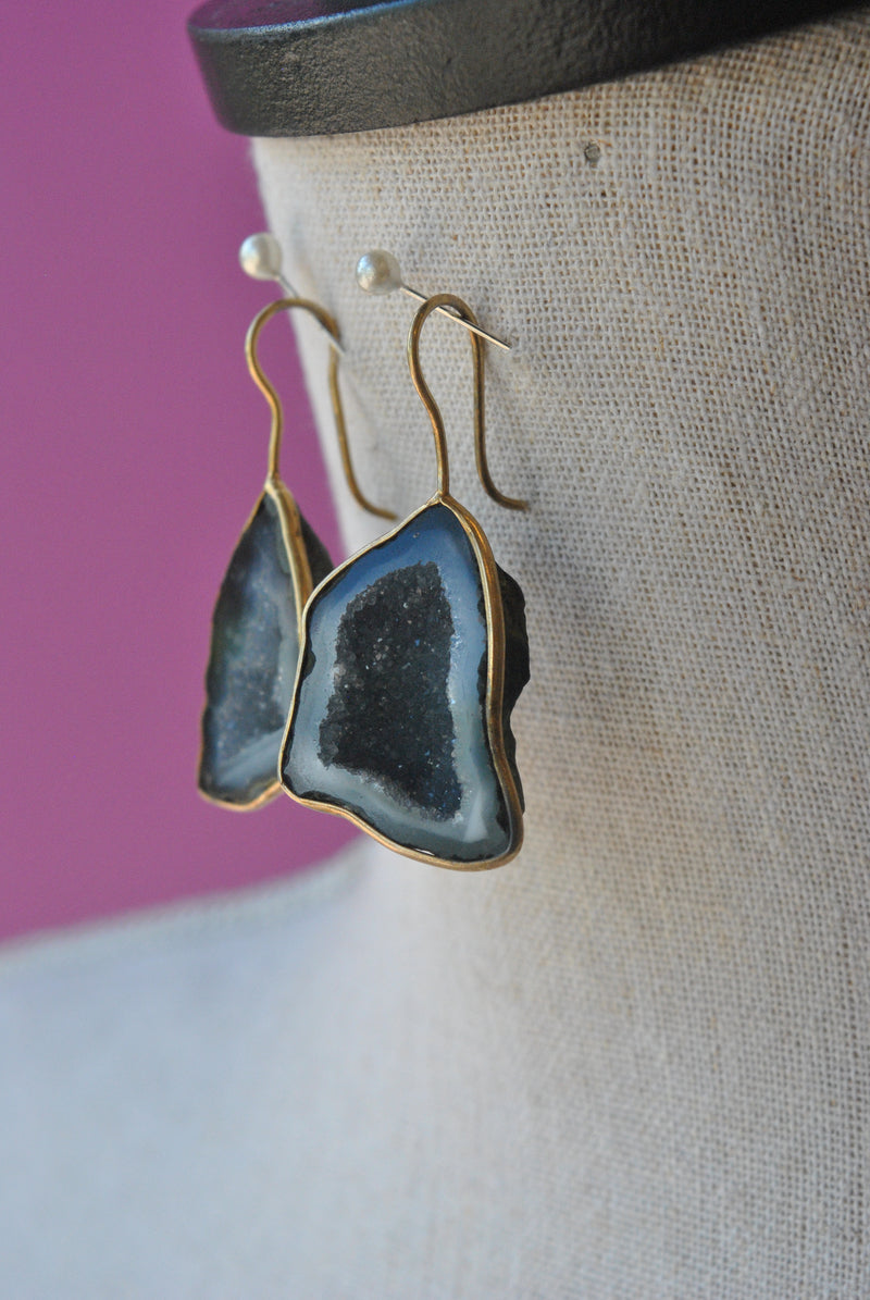 BLACK RAW AGATE WITH DRUZY ON GOLD STATEMENT EARRINGS