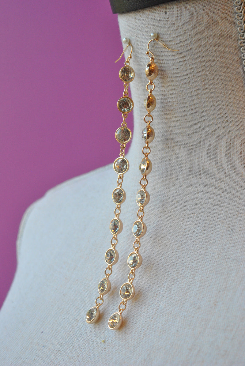 FASHION JEWELRY - CLEAR CRYSTALS ON GOLD LONG STATEMENT EARRINSG