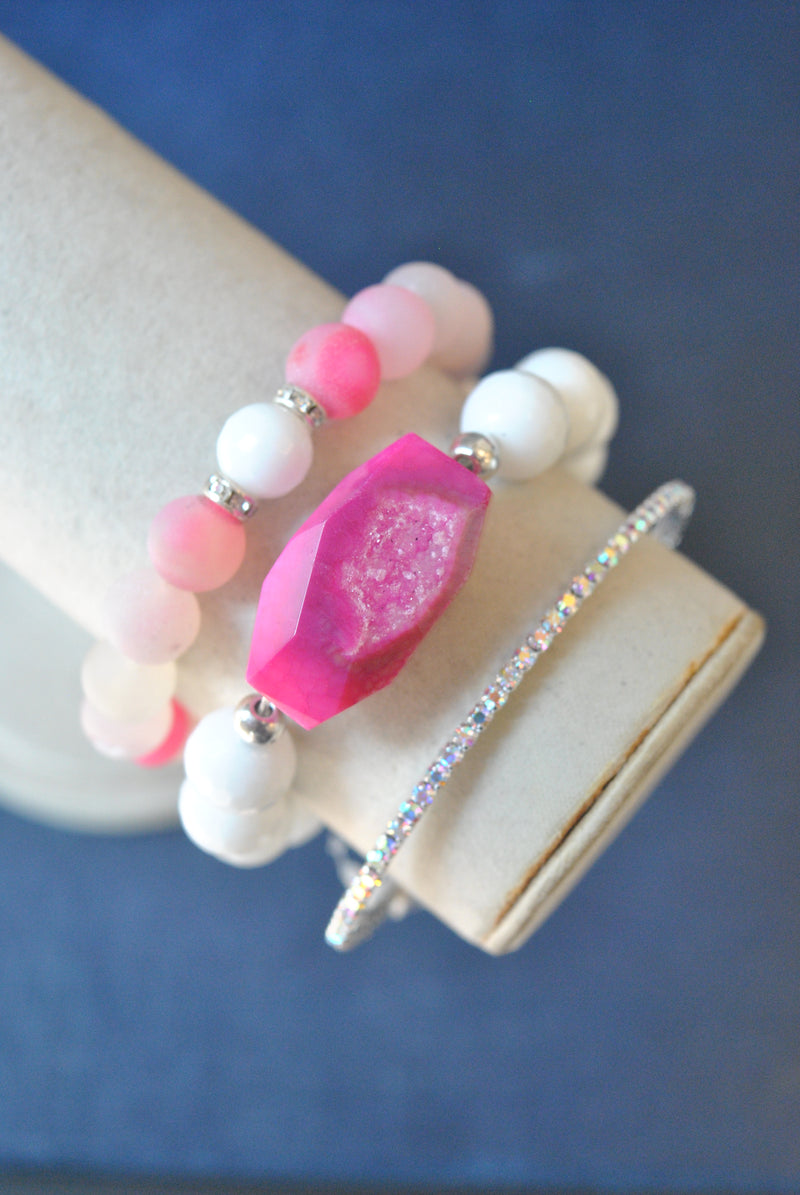 WHITE ONYX PINK AGATE STRETCHY BRACELET SET