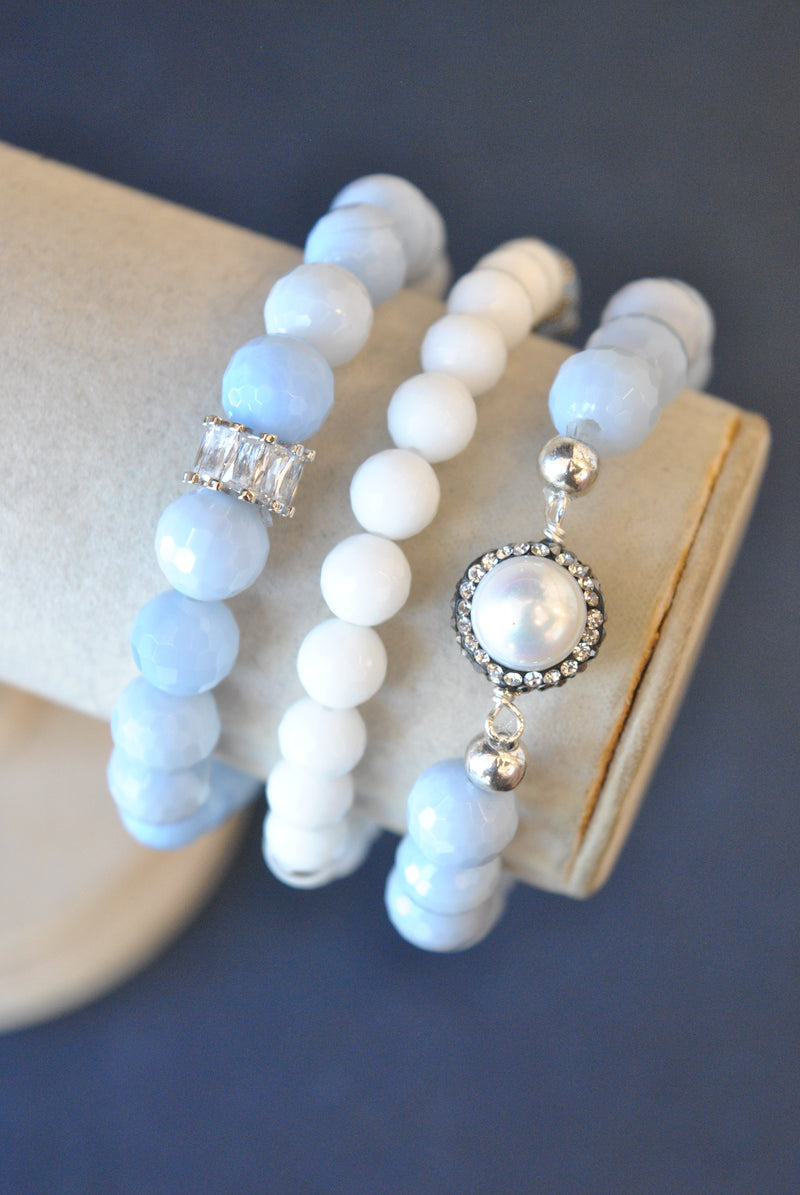 BLUE LACE AGATE AND WHITE ONYX PEARL AND RHINESTONES STRETCHY BRACELETS SET