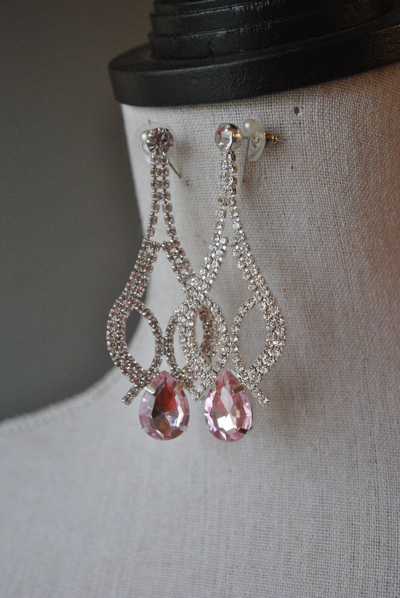 FASHION COLLECTION - WHITE AND PINK CRYSTALS STATEMENT EARRINGS