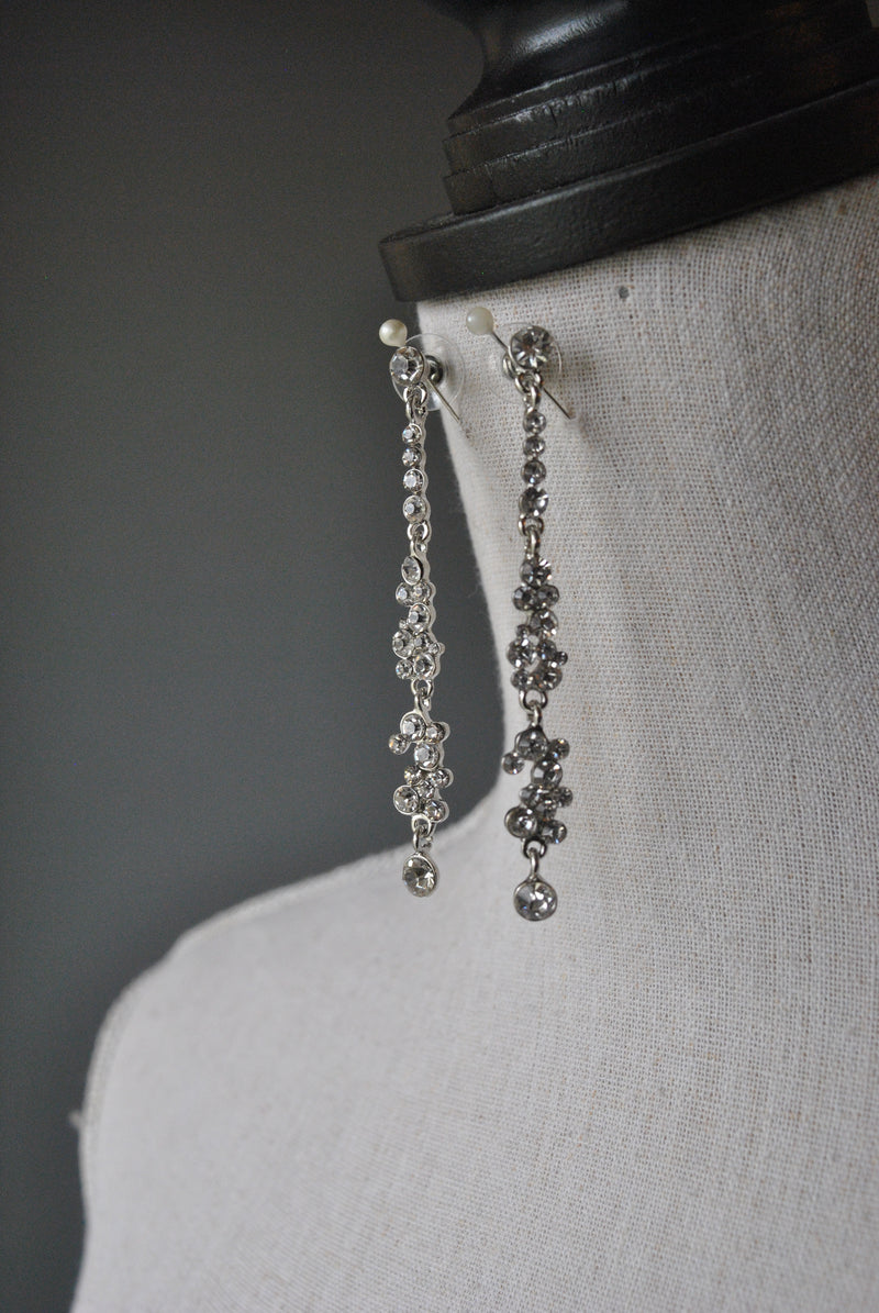 FASHION COLLECTION - CRYSTAL CLEAR DROP EARRINGS