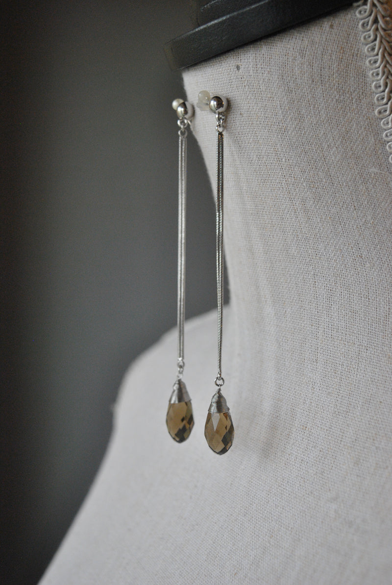 FASHION COLLECTION - SMOKY CRYSTALS LONG DROP EARRINGS