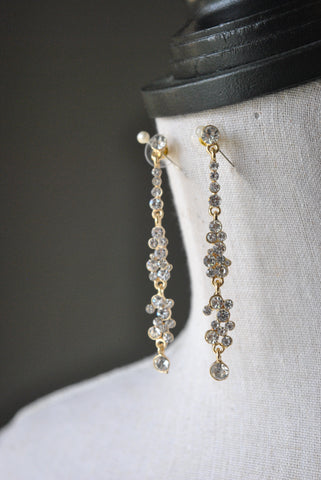 FASHION COLLECTION - GLASS PEARL AND CRYSTALS EARRINGS