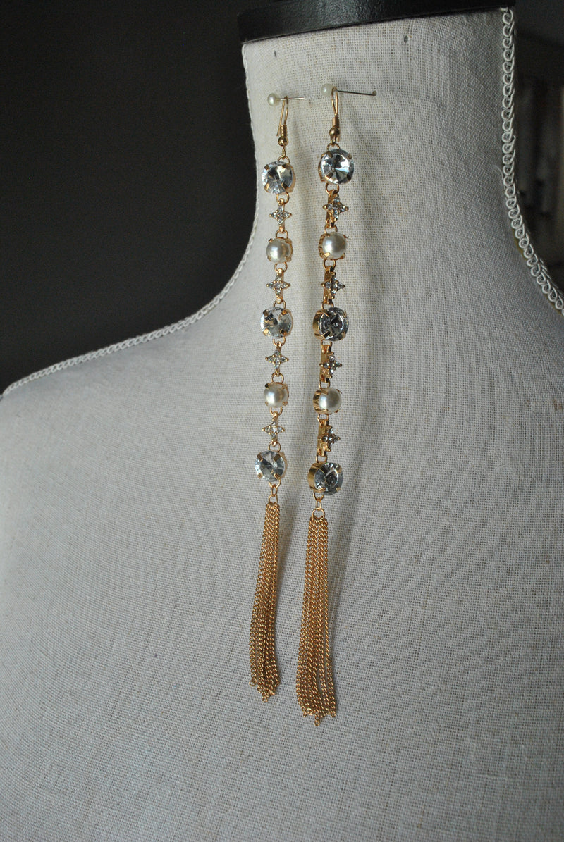 FASHION COLLECTION - GOLD CRYSTALS AND TASSLE LONG EARRINGS