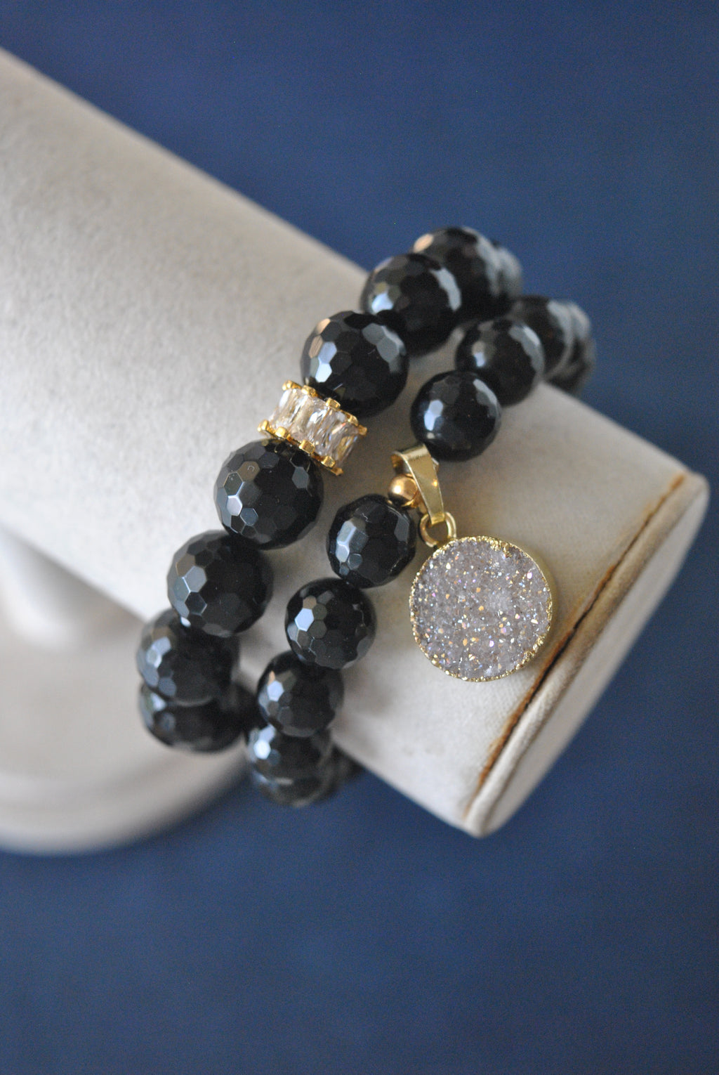 BLACK ONYX AND DRUZY CHARM ON GOLD STRETCHY BRACELET SET