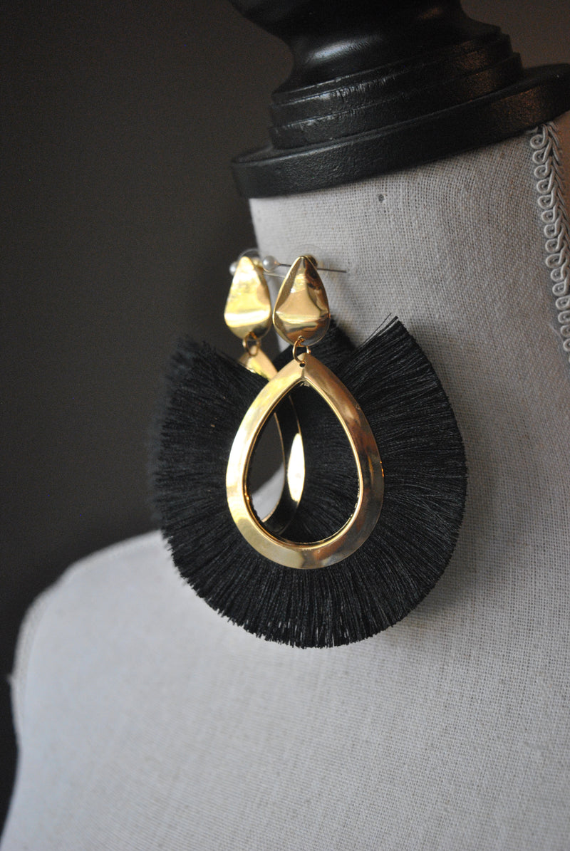 FASHION COLLECTION - BLACK TASSEL GOLD STATEMENT EARRINGS