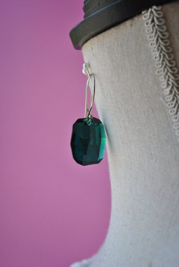 EMERALD GREEN SWAROVSKI CRYSTALS STATEMENT EARRINGS