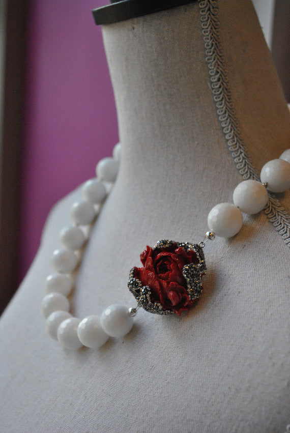 WHITE AGATE AND CORAL CARVED ROSE WITH SWAROVSKI CRYSTALS STATEMENT NECKLACE