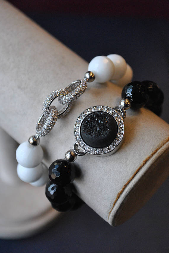 WHITE AGATE AND BLACK ONYX WITH RHINESTONES AND DRUZY STRETCHY BRACELETS SET