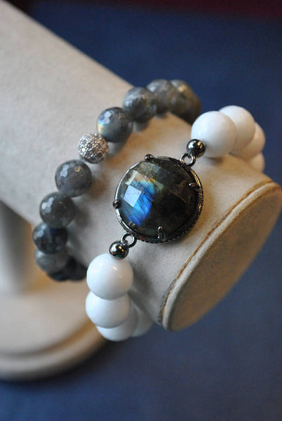 WHITE AGATE AND LABRADORITE STRTCHY BRACELET SET