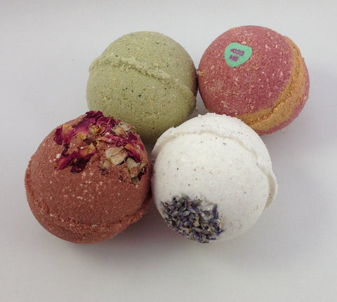 Love & Roses Bath Truffle Bomb 4oz