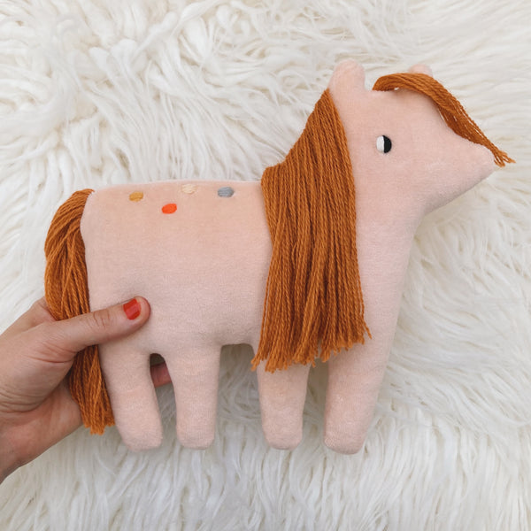 Lulu the pony - Organic