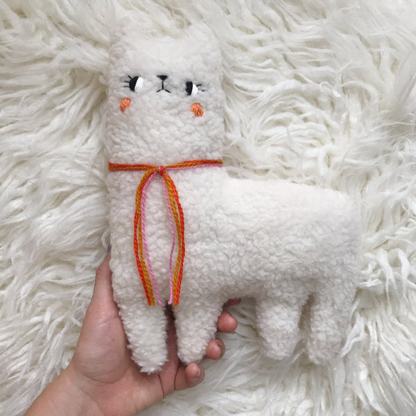 Mallow the blushing alpaca - Pre Order - sleepy king