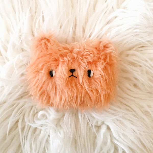 Peach fuzz bear - Pocket plushie