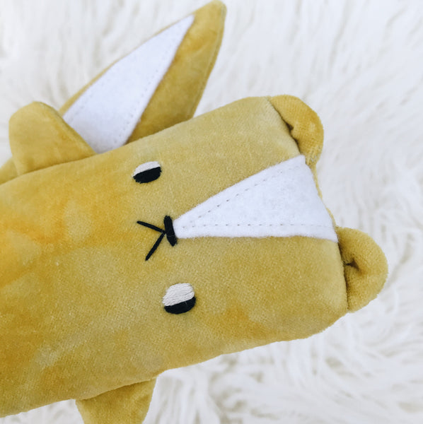 Mustard Skunk 〰️ made to order - sleepy king