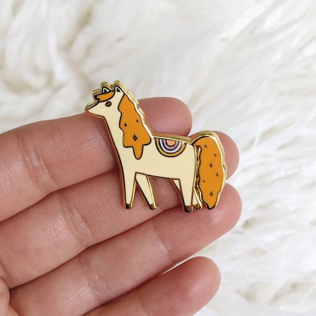 Marigold the pony - Hard Enamel Pin with Gold Lines - sleepy king