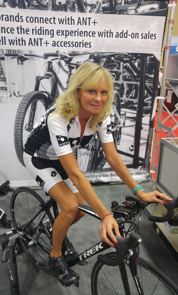 "Mi Pulse Demonstrates First ""Smart Bra"" with Tri-mode Heart Rate Monitor at Interbike 2015"