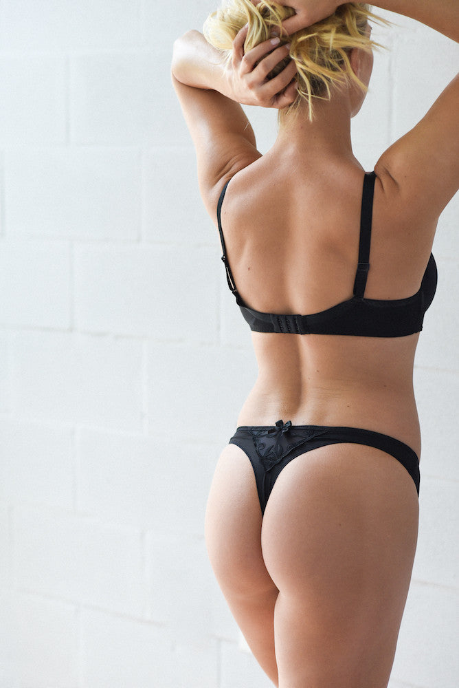 Simone Perele Andora Thong black teddies for bettys