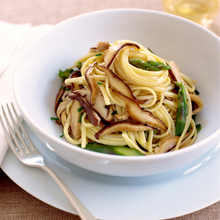 Load image into Gallery viewer, Garlic & Parsley Linguini