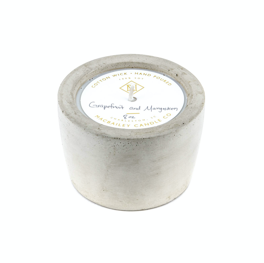 MacBailey Candle Co. / Cabin Green - 8 oz Concrete