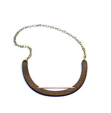 CROSSLYNE - Edged Line Walnut Collar Necklace