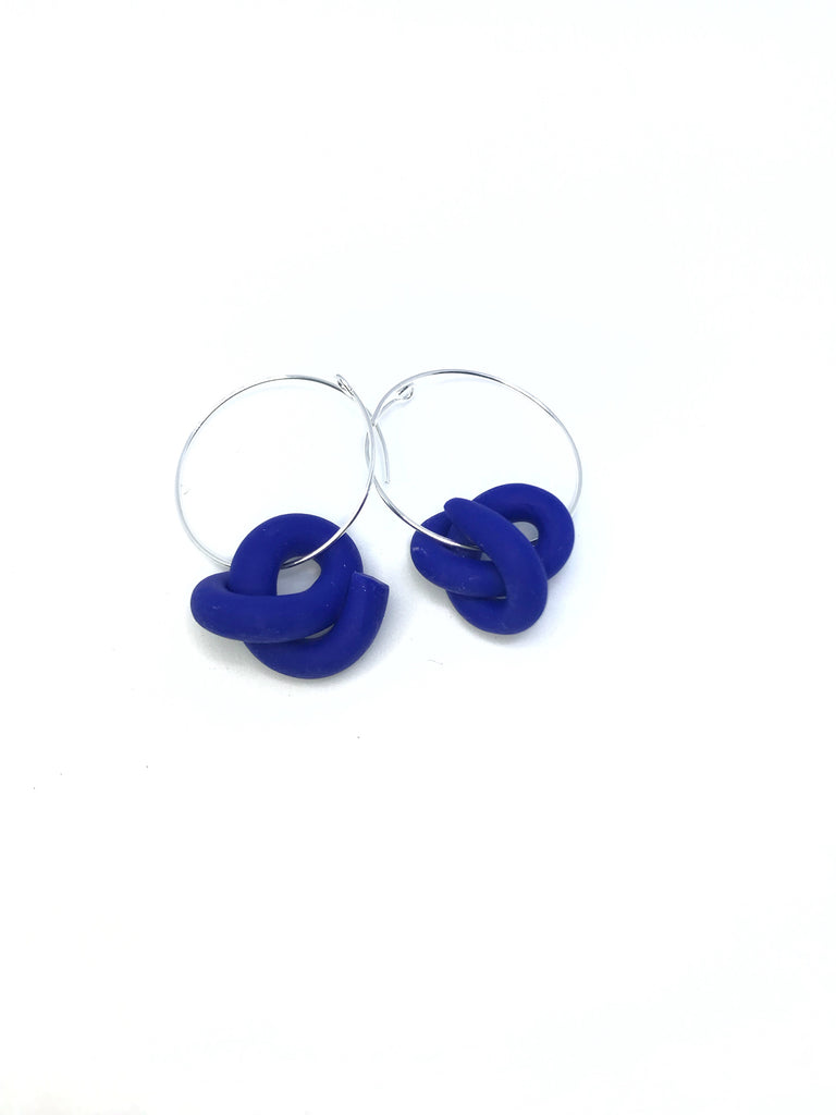 R. Royal Blue Swirl Hoops