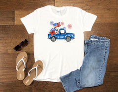 Women's July 4th Vintage Truck - Tank or T-Shirt